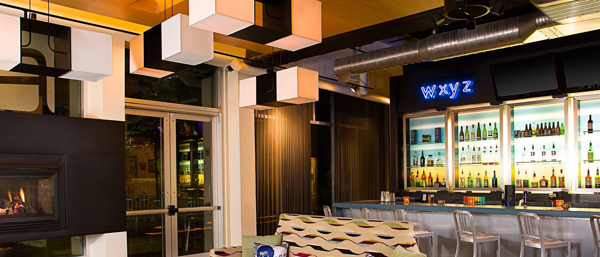Aloft Jacksonville Airport - Re:mix lounge